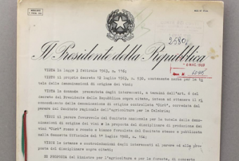 Cirò, il decreto originale del 1969 al Theatro del Gusto di Campora San Giovanni